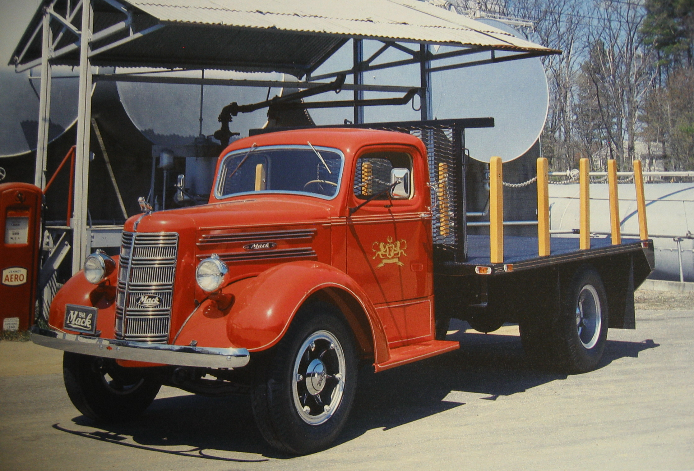 Mack l-series photo - 3