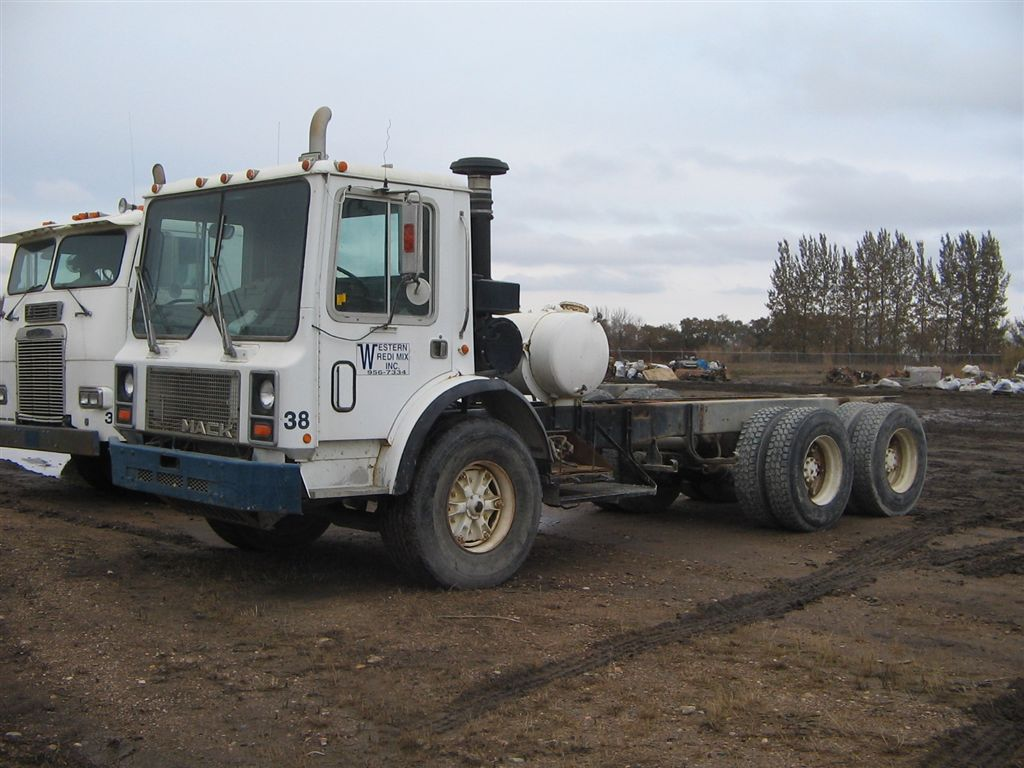 Mack mr600 photo - 1