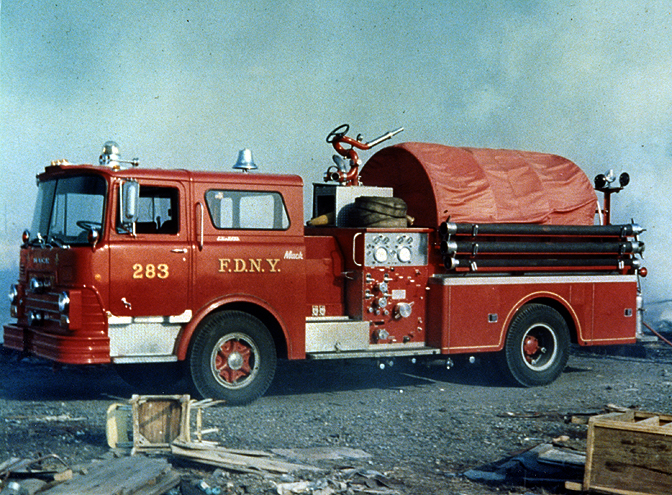Mack pumper photo - 10