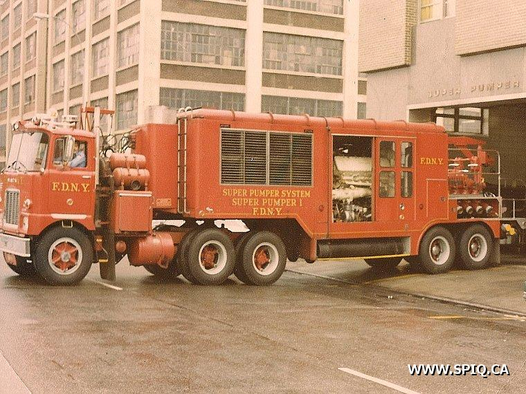 Mack pumper photo - 6
