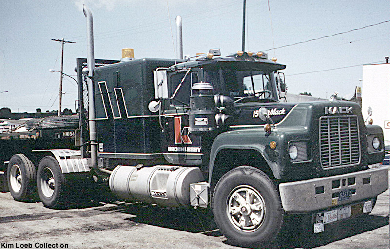 Mack r-series photo - 4