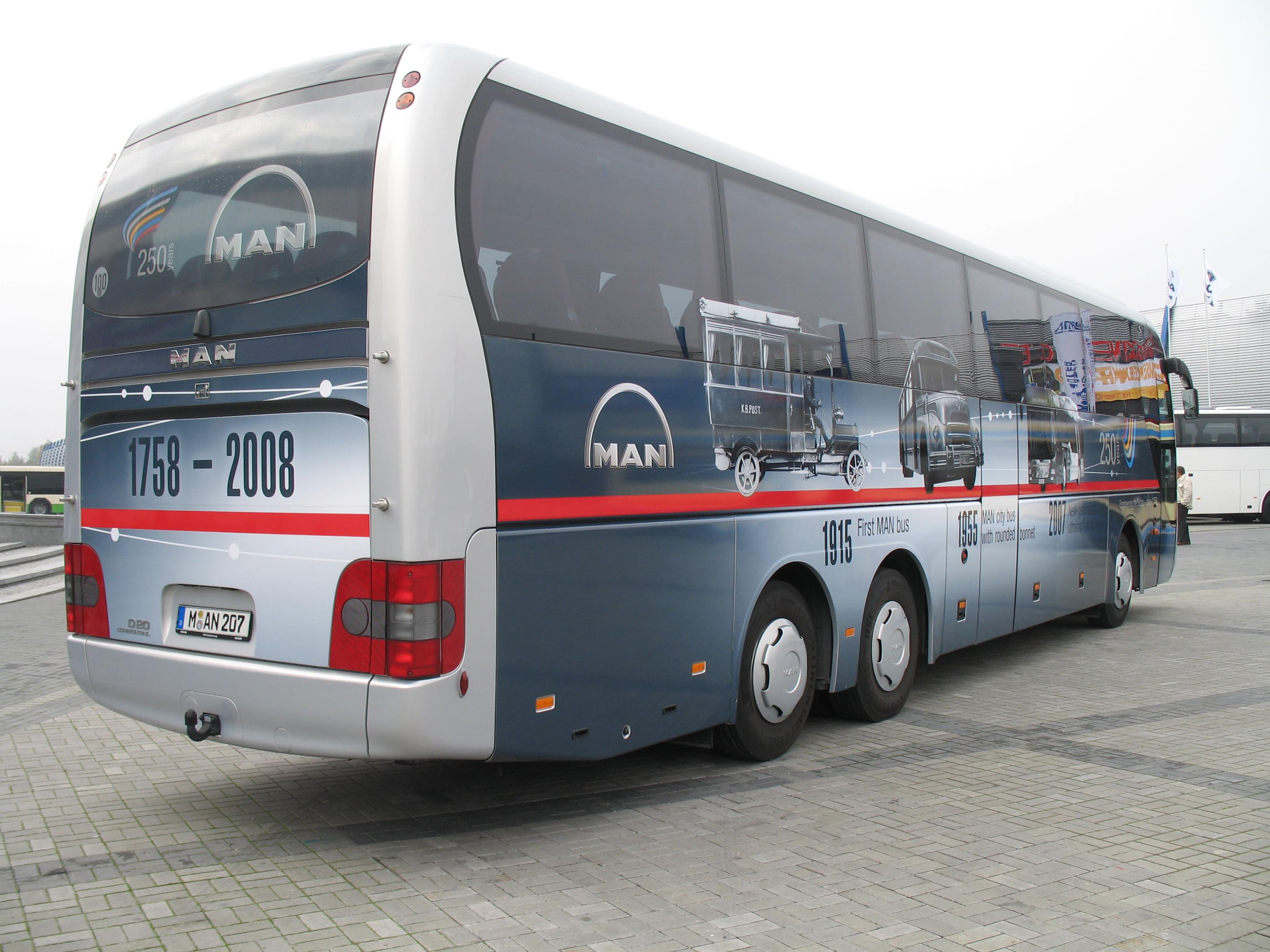 Man coach photo - 5