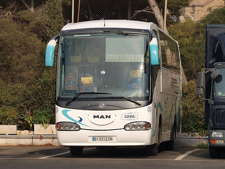 Man irizar photo - 2