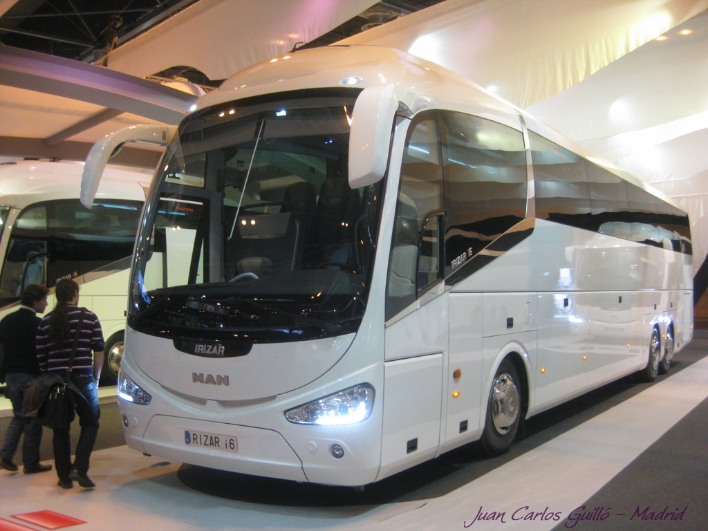Man irizar photo - 3