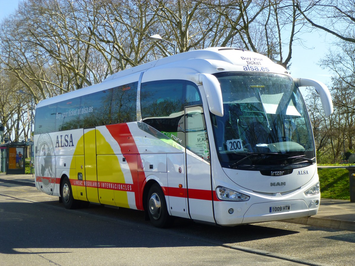 Man irizar photo - 5