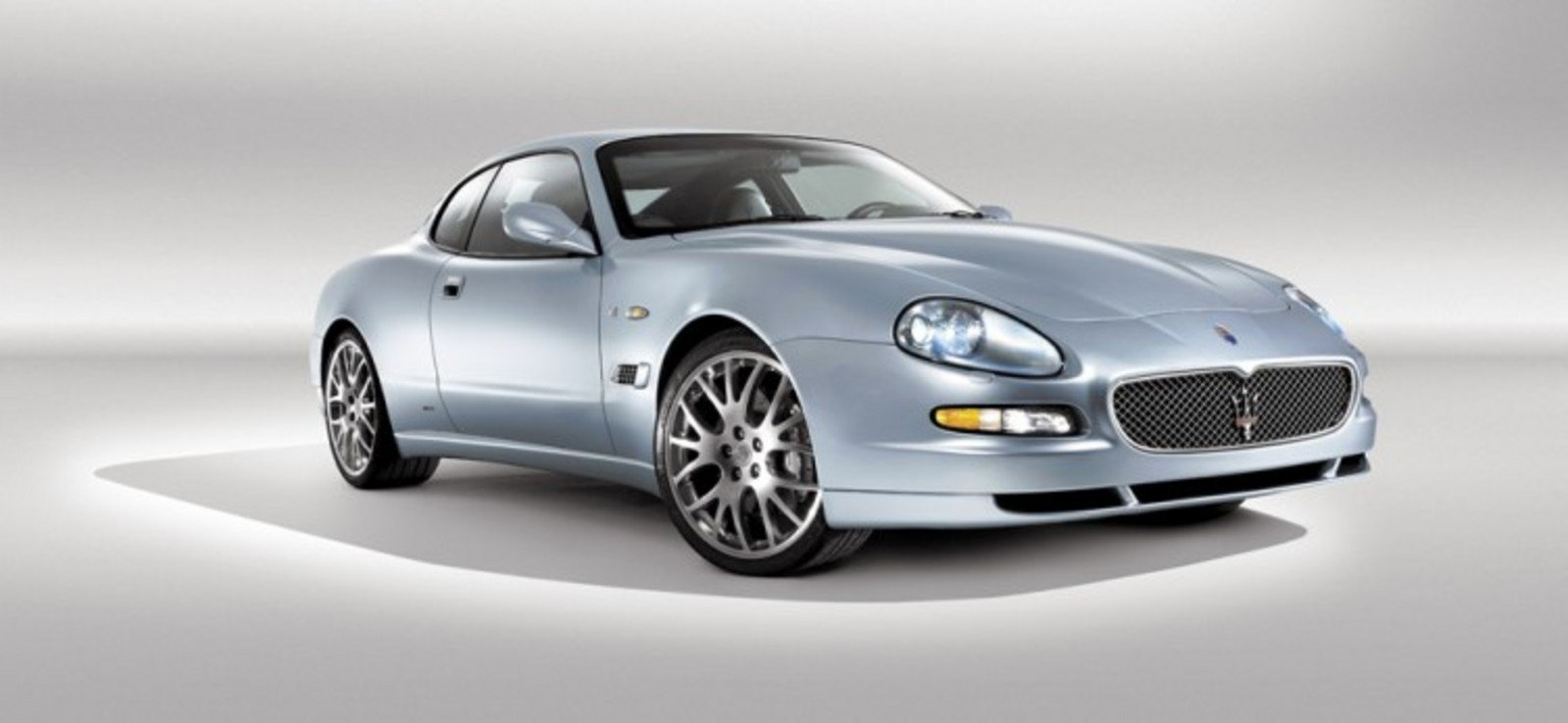 Maserati coupe photo - 2