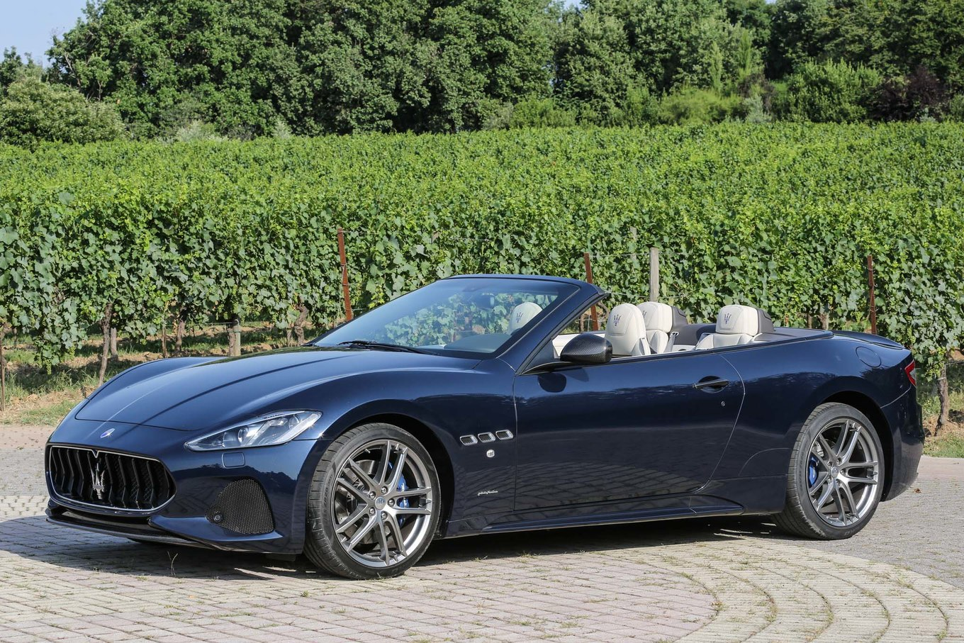 Maserati coupe photo - 4