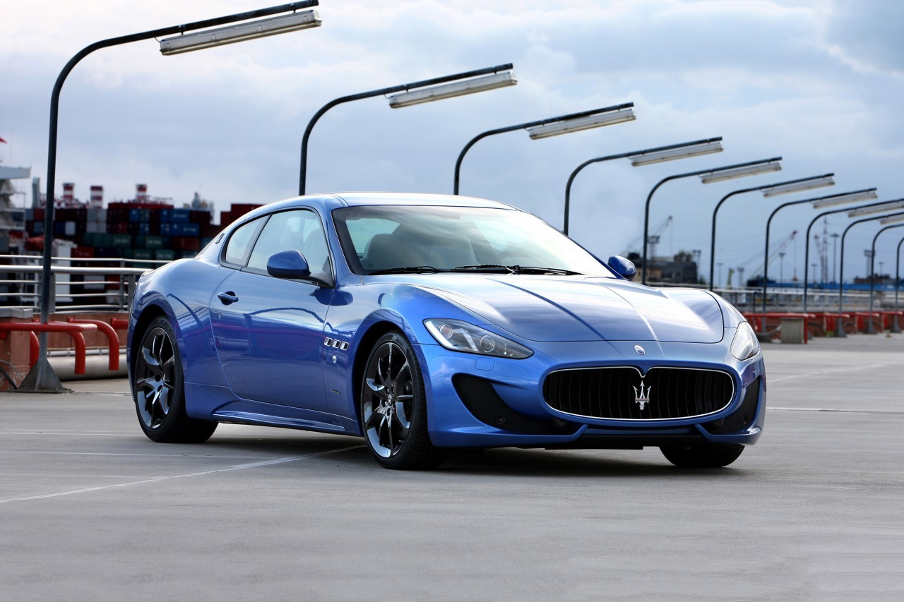 Maserati coupe photo - 8