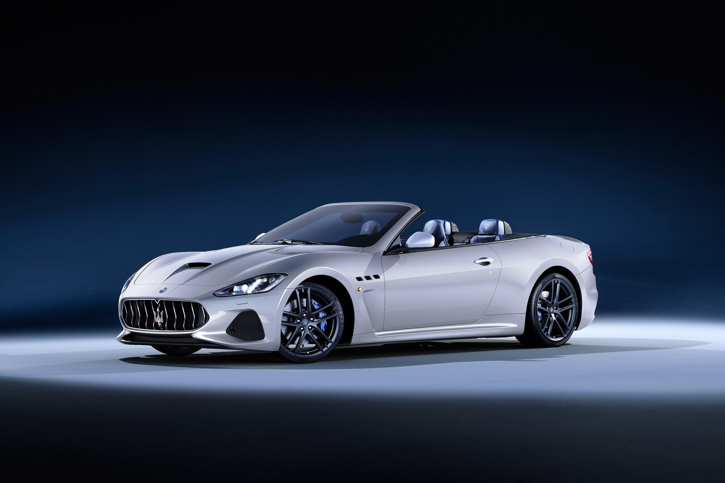Maserati coupe photo - 9