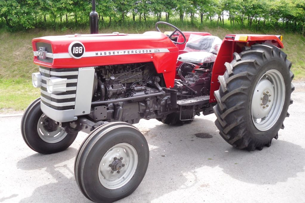 Massey ferguson 100-series photo - 6