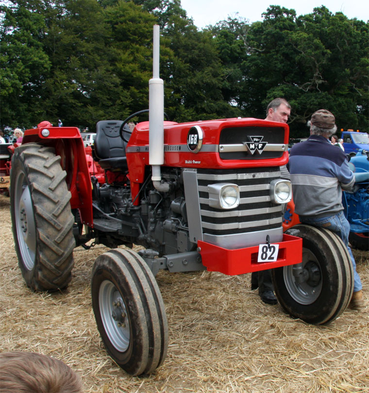 Massey ferguson 100-series photo - 8
