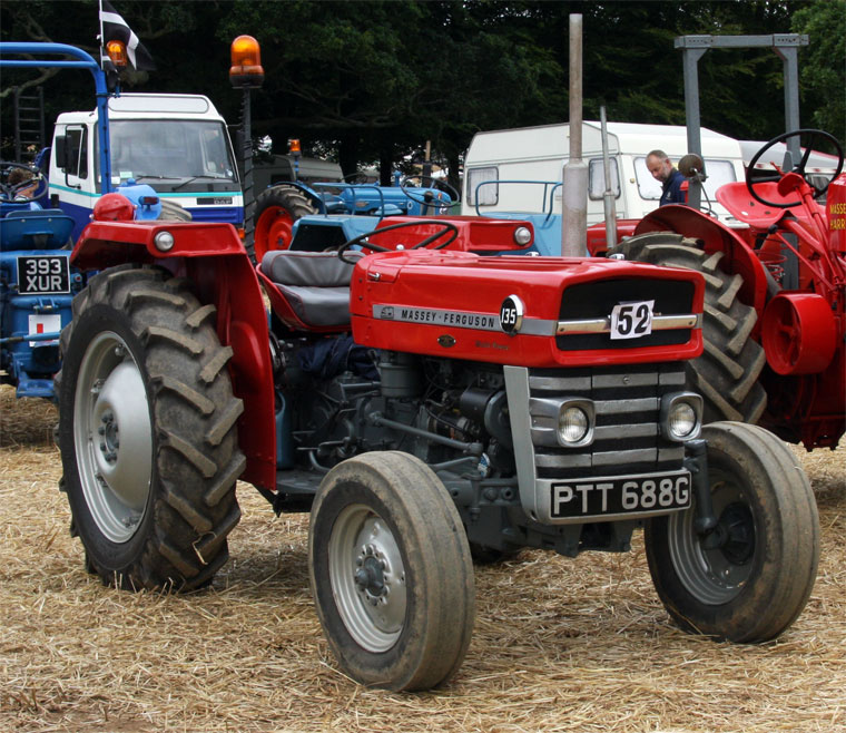 Massey ferguson 100-series photo - 9