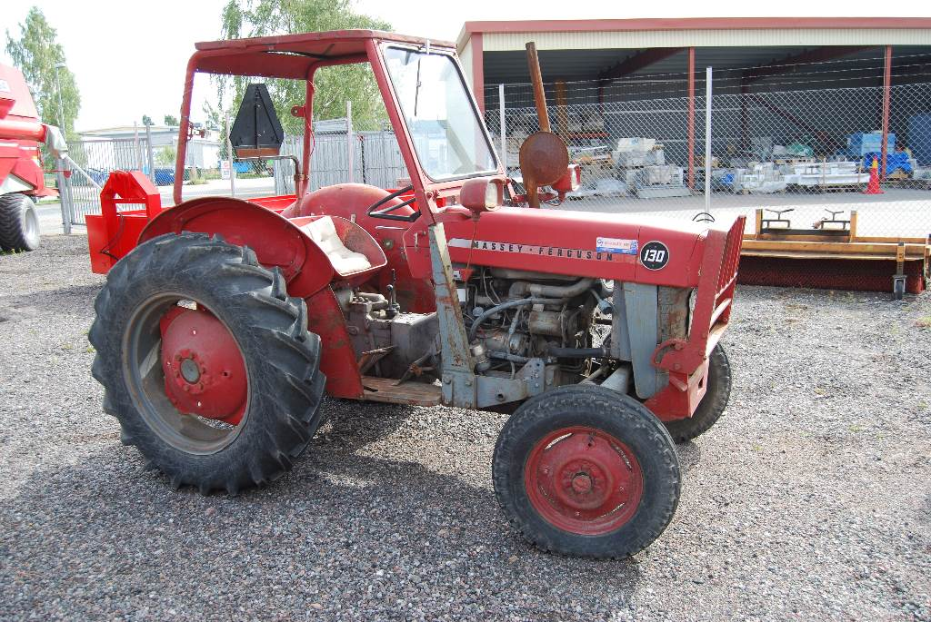 Massey ferguson 130 photo - 3