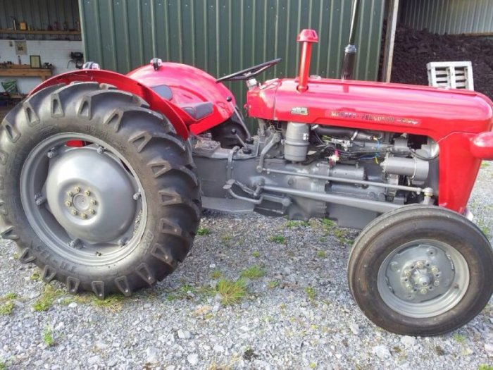 Massey ferguson 35x photo - 9
