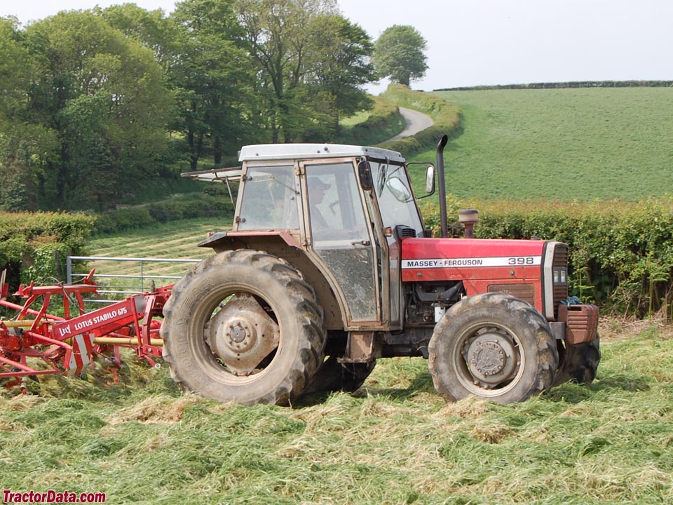 Massey ferguson 398 photo - 8
