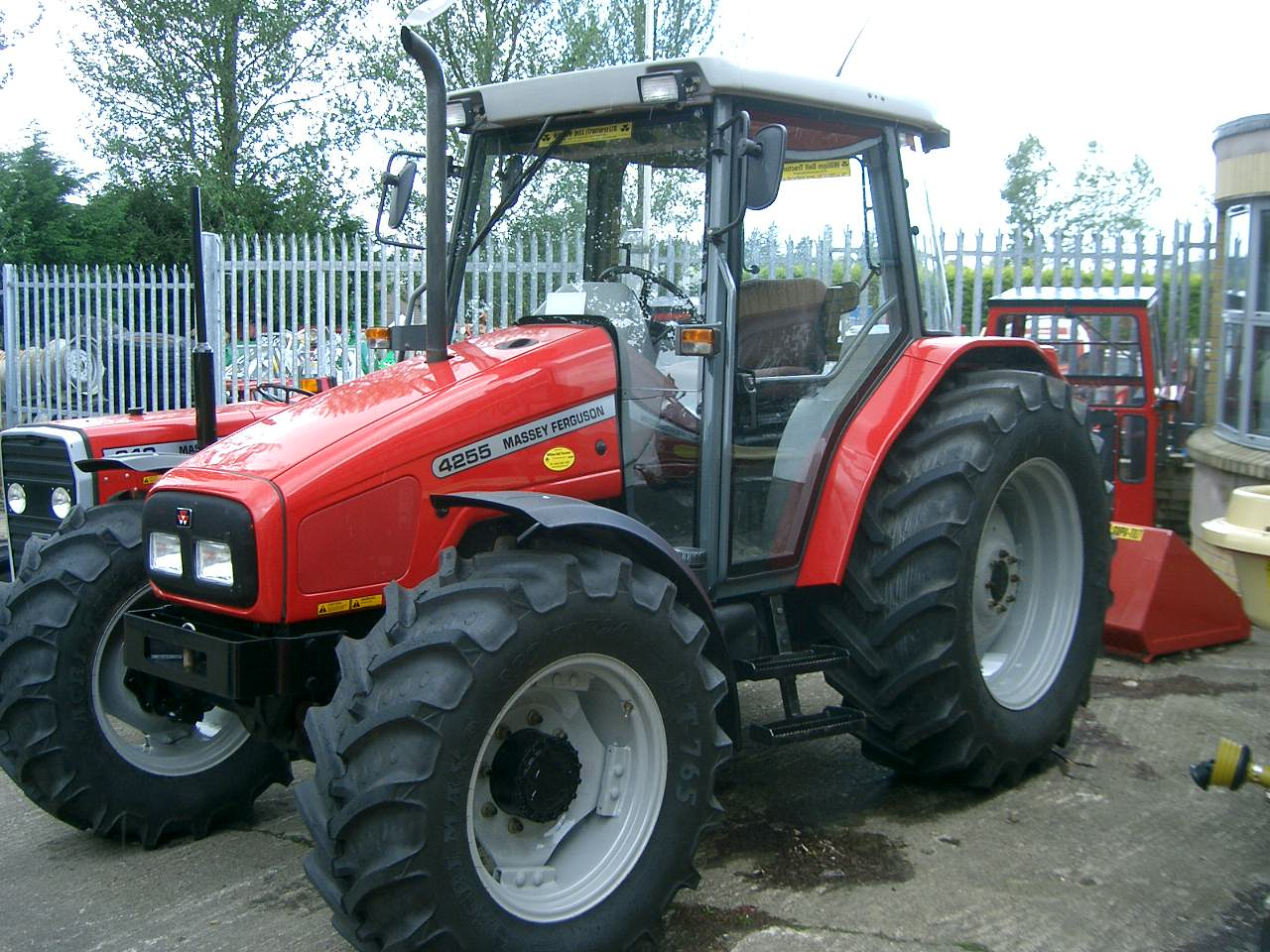 Massey ferguson 400 photo - 5