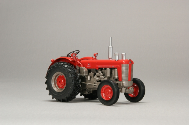 Massey ferguson 4000-series photo - 6