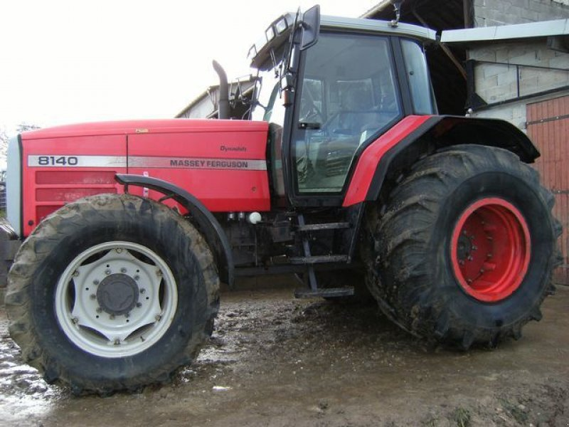 Massey ferguson 8140 photo - 7