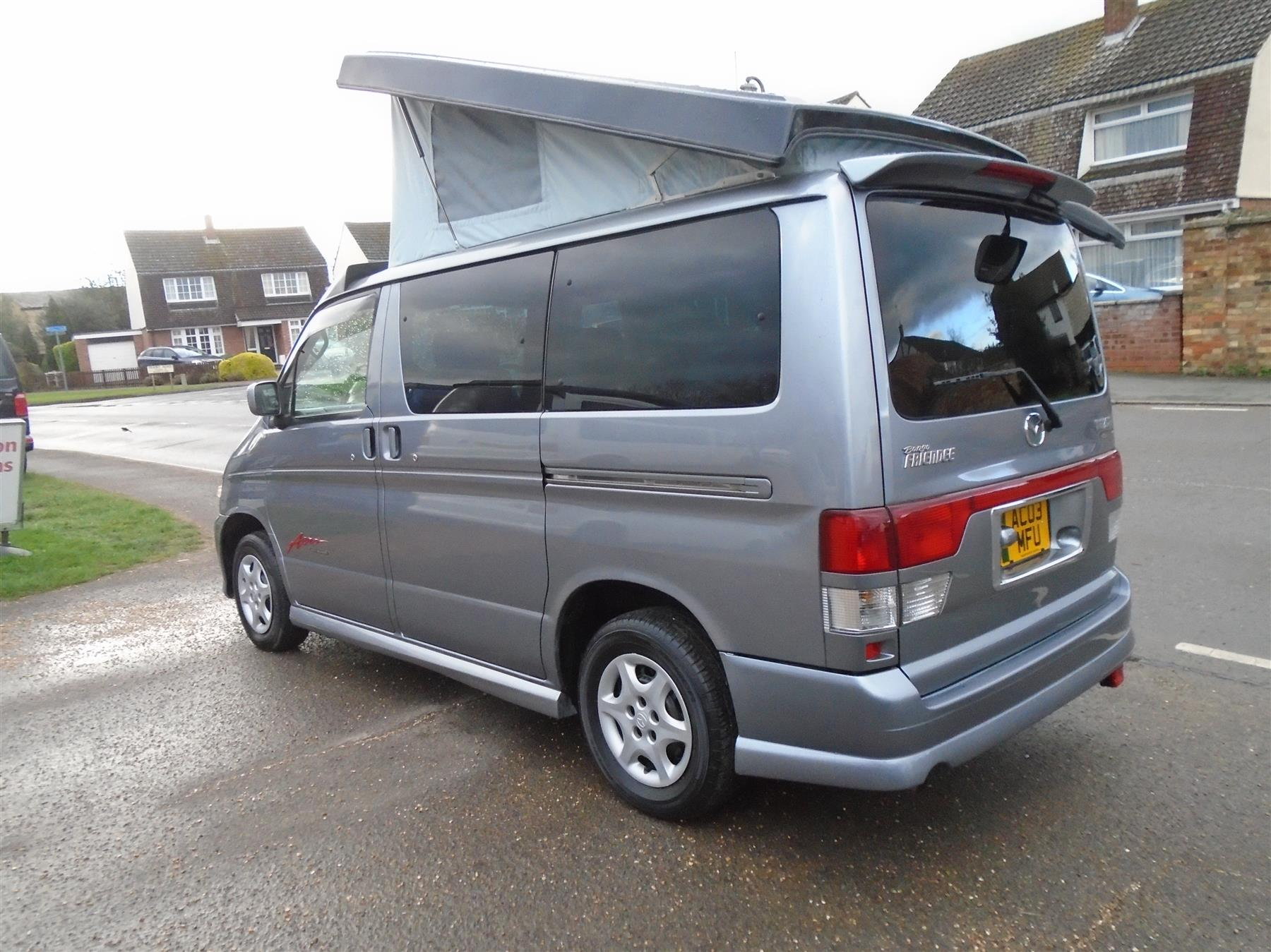 Mazda bongo photo - 9