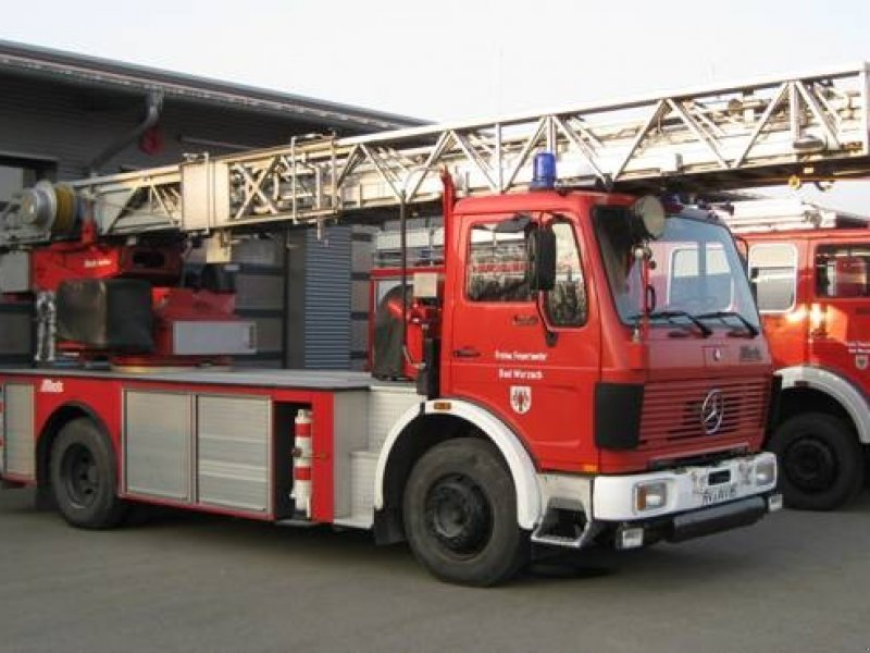 Mercedes-benz 1419 photo - 9