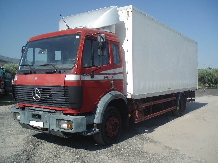 Mercedes-benz 1420 photo - 1
