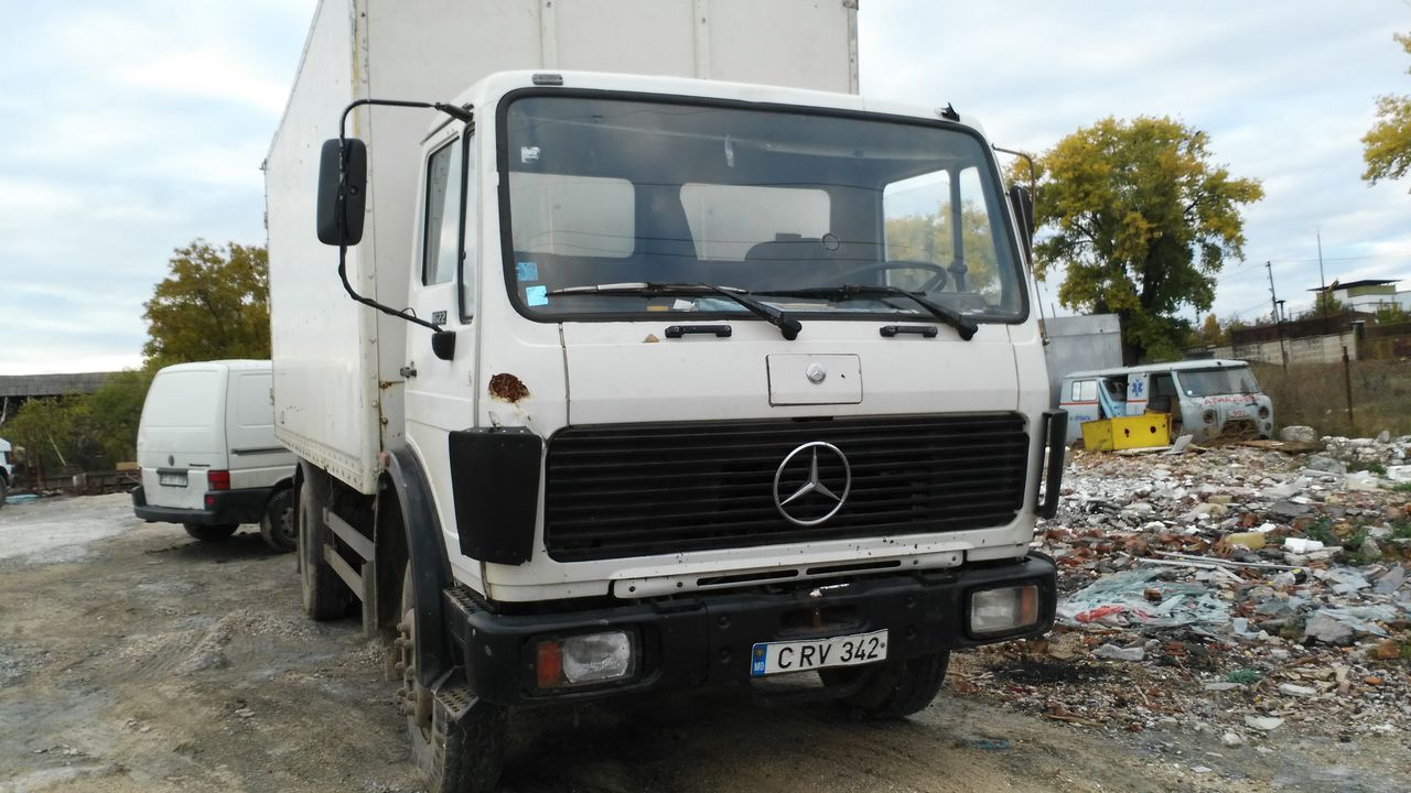 Mercedes-benz 1622 photo - 2