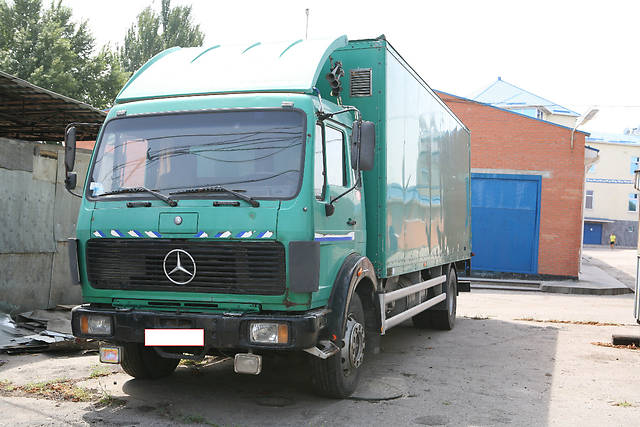 Mercedes-benz 1622 photo - 8