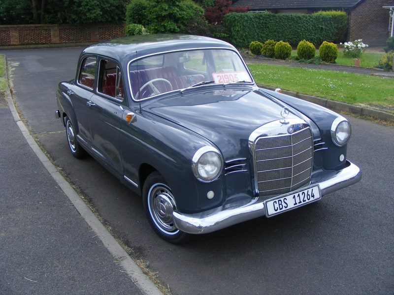 Mercedes-benz 180b photo - 6