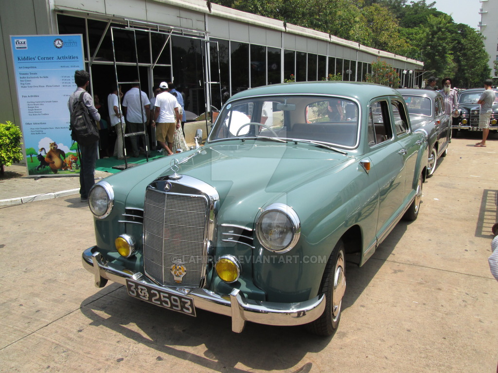 Mercedes-benz 180b photo - 8