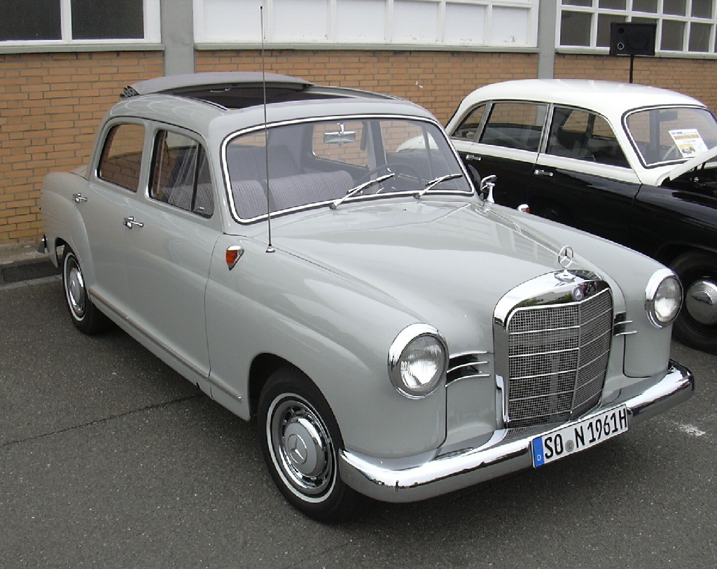 Mercedes-benz 180b photo - 9