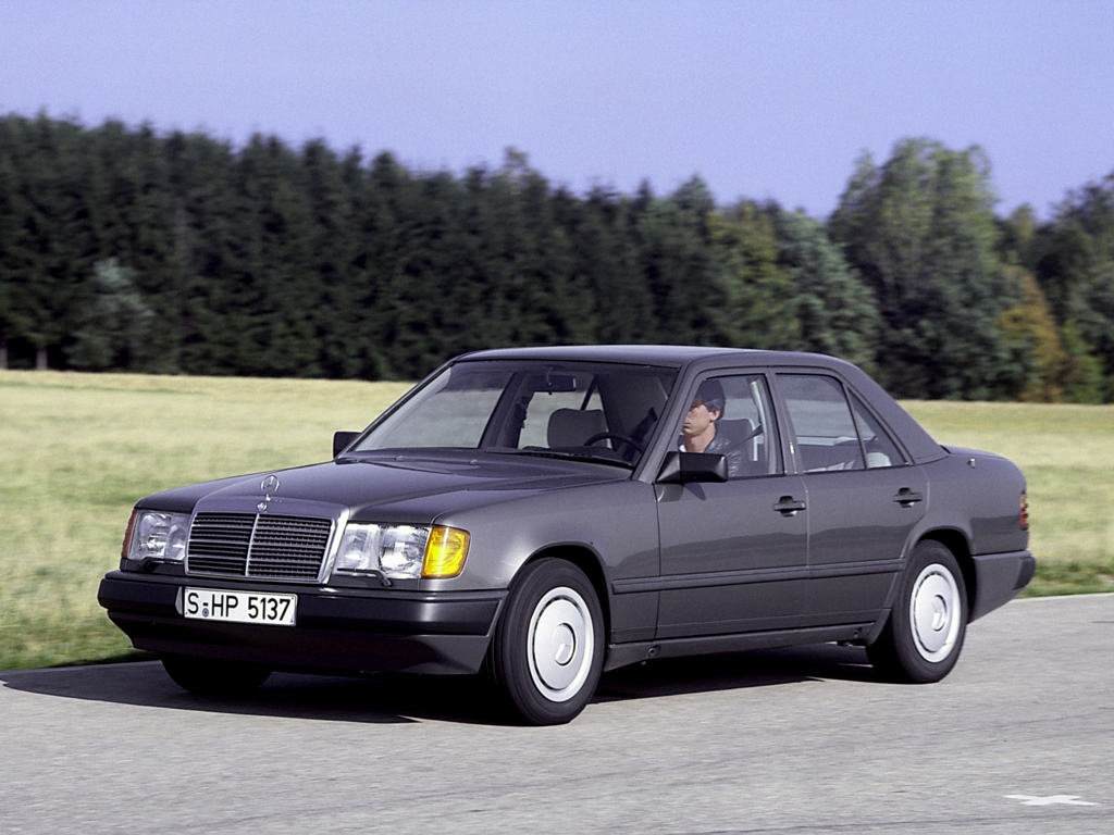 Mercedes-benz 200d Photo and Video Review  Comments