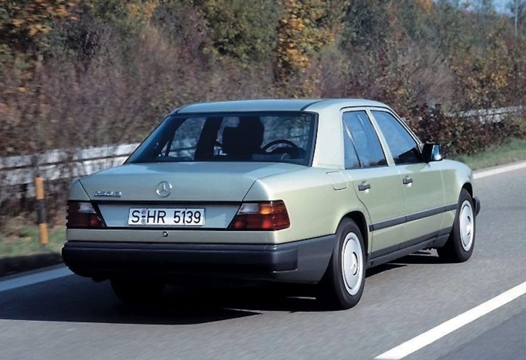 Mercedes-benz 200e photo - 9