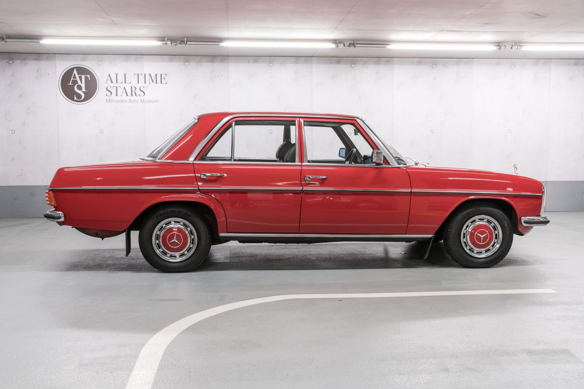 Mercedes-benz 230-6 photo - 4