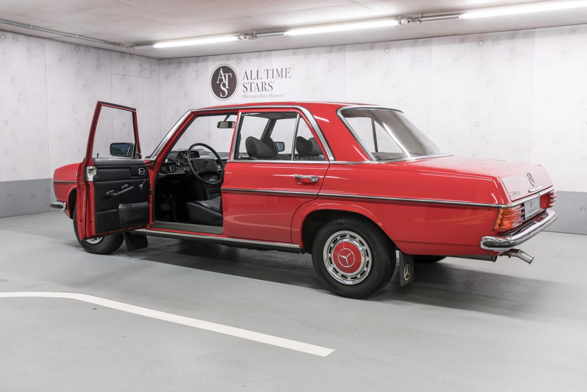 Mercedes-benz 230-6 photo - 9