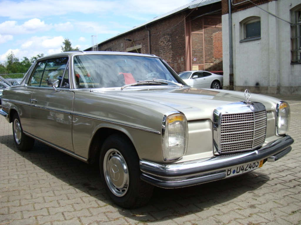 Mercedes-benz 250ce photo - 2