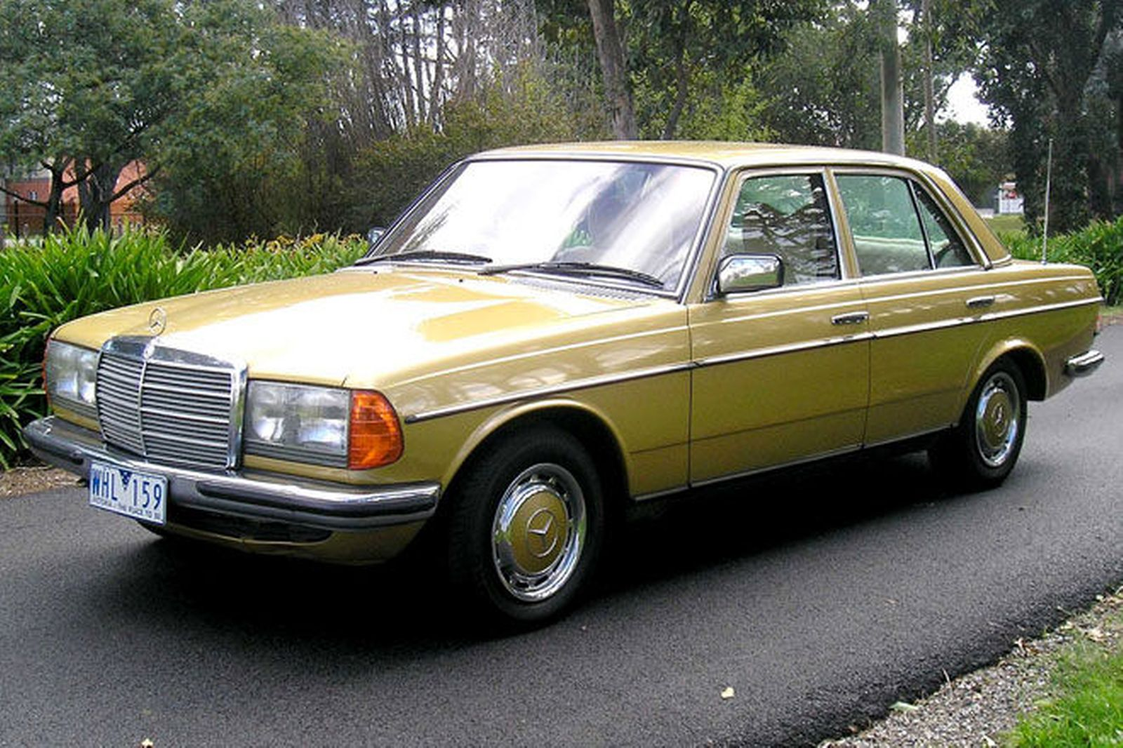 Mercedes-benz 280e photo - 3