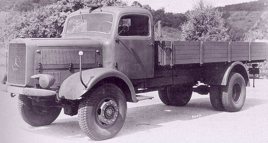 Mercedes-benz 4500 photo - 2