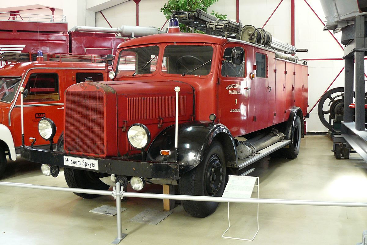 Mercedes-benz 4500 photo - 4
