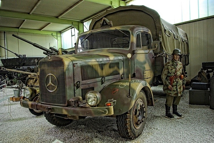 Mercedes-benz 4500 photo - 9