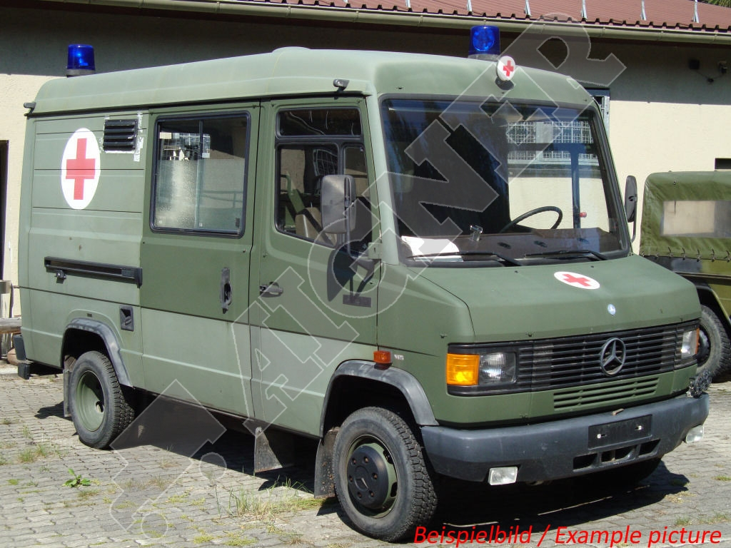 Mercedes-benz 4x2 photo - 3