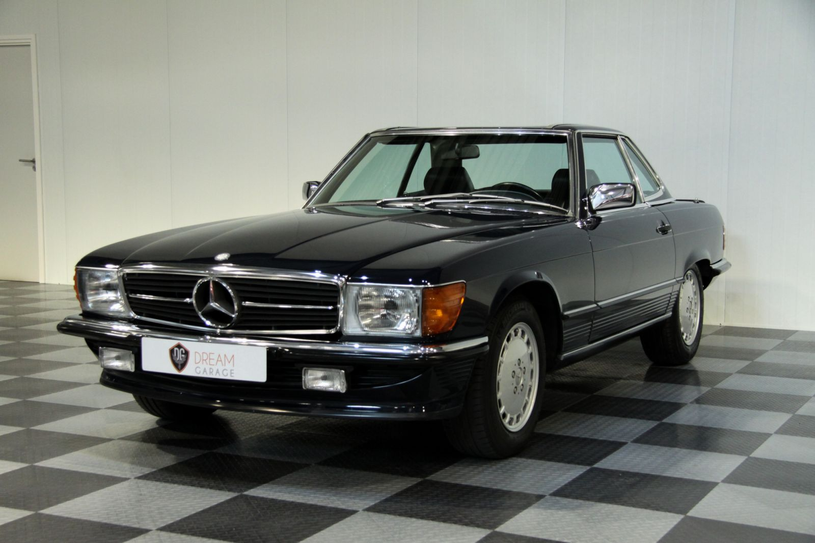 Mercedes-benz 500 photo - 6