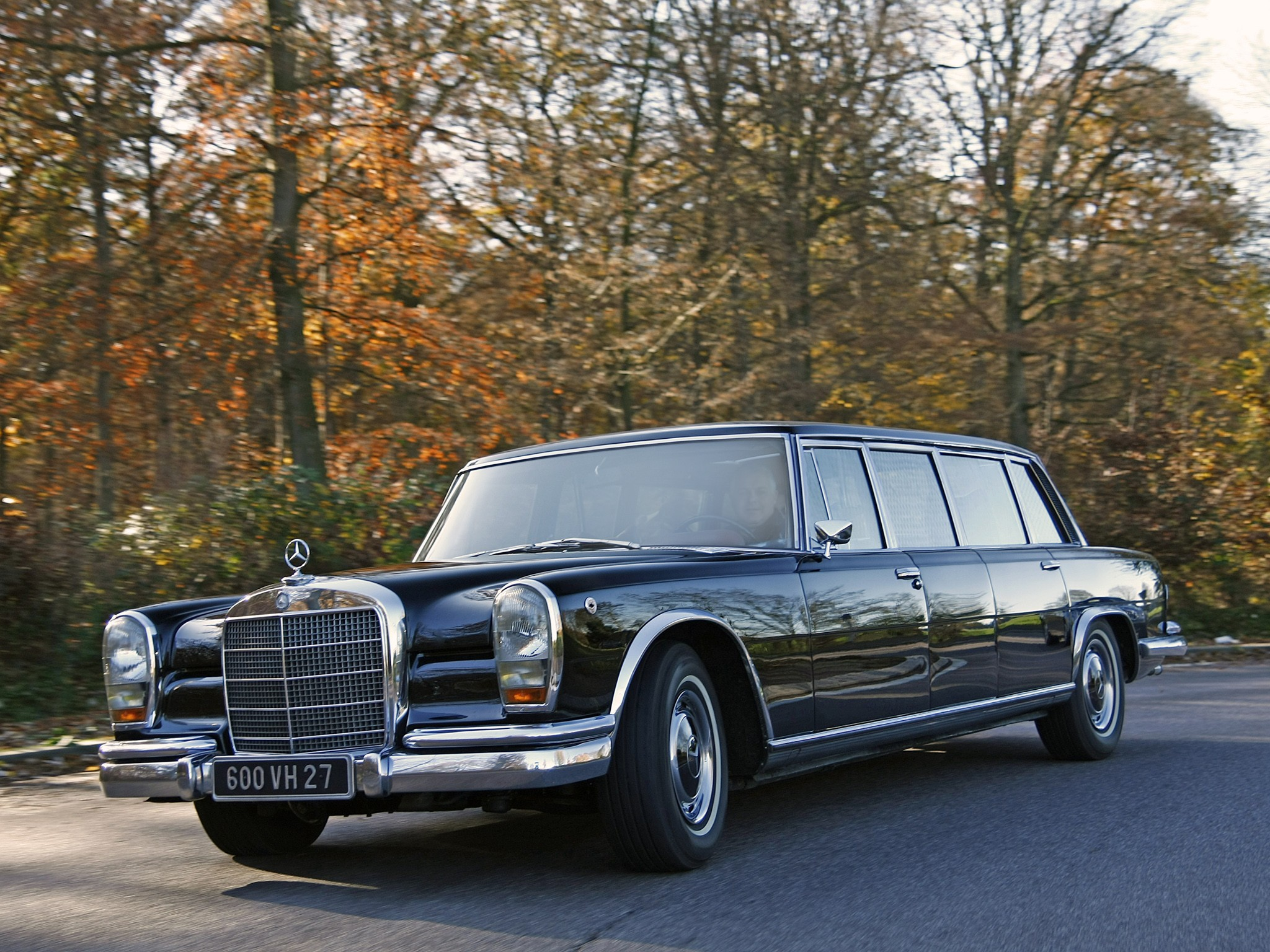 Mercedes-benz 600 photo - 9