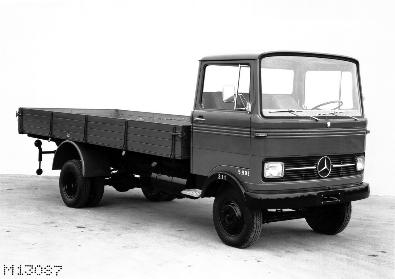 Mercedes-benz 608d photo - 10