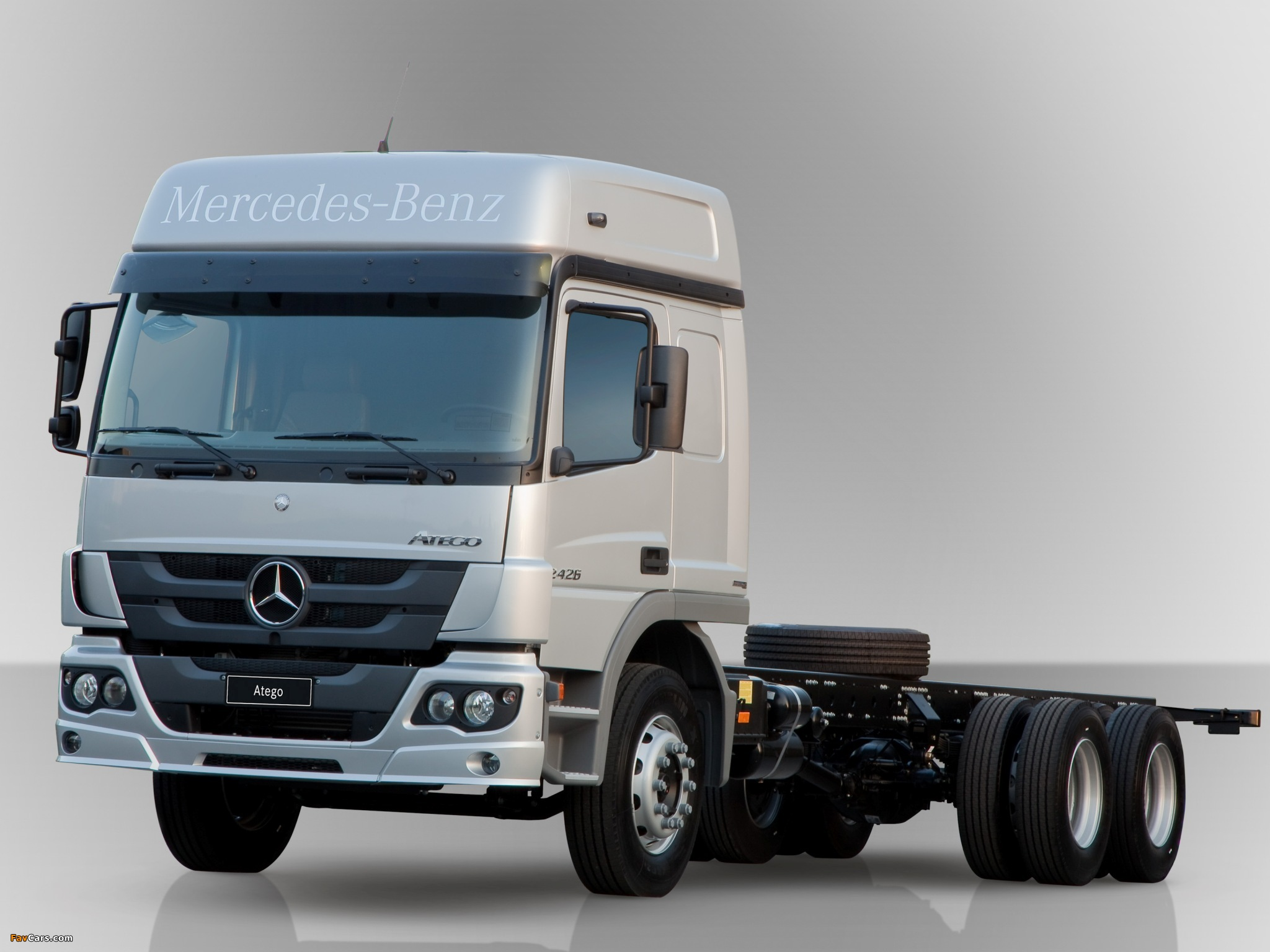 Mercedes-benz atego photo - 3