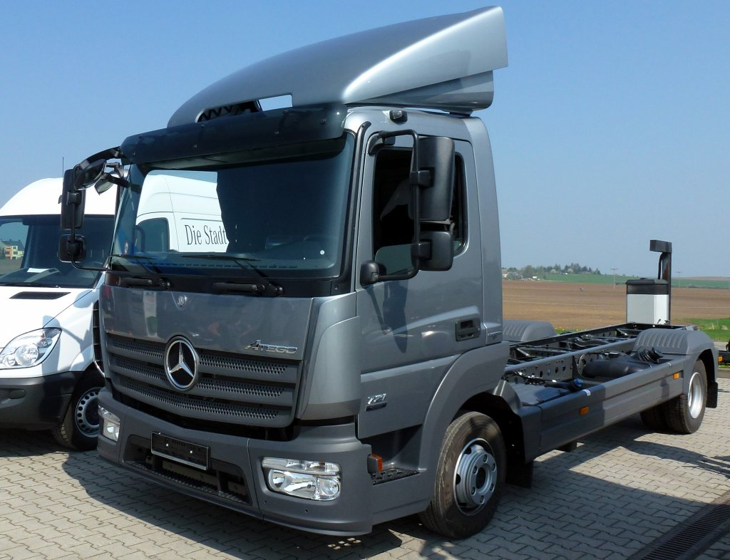 Mercedes-benz atego photo - 4