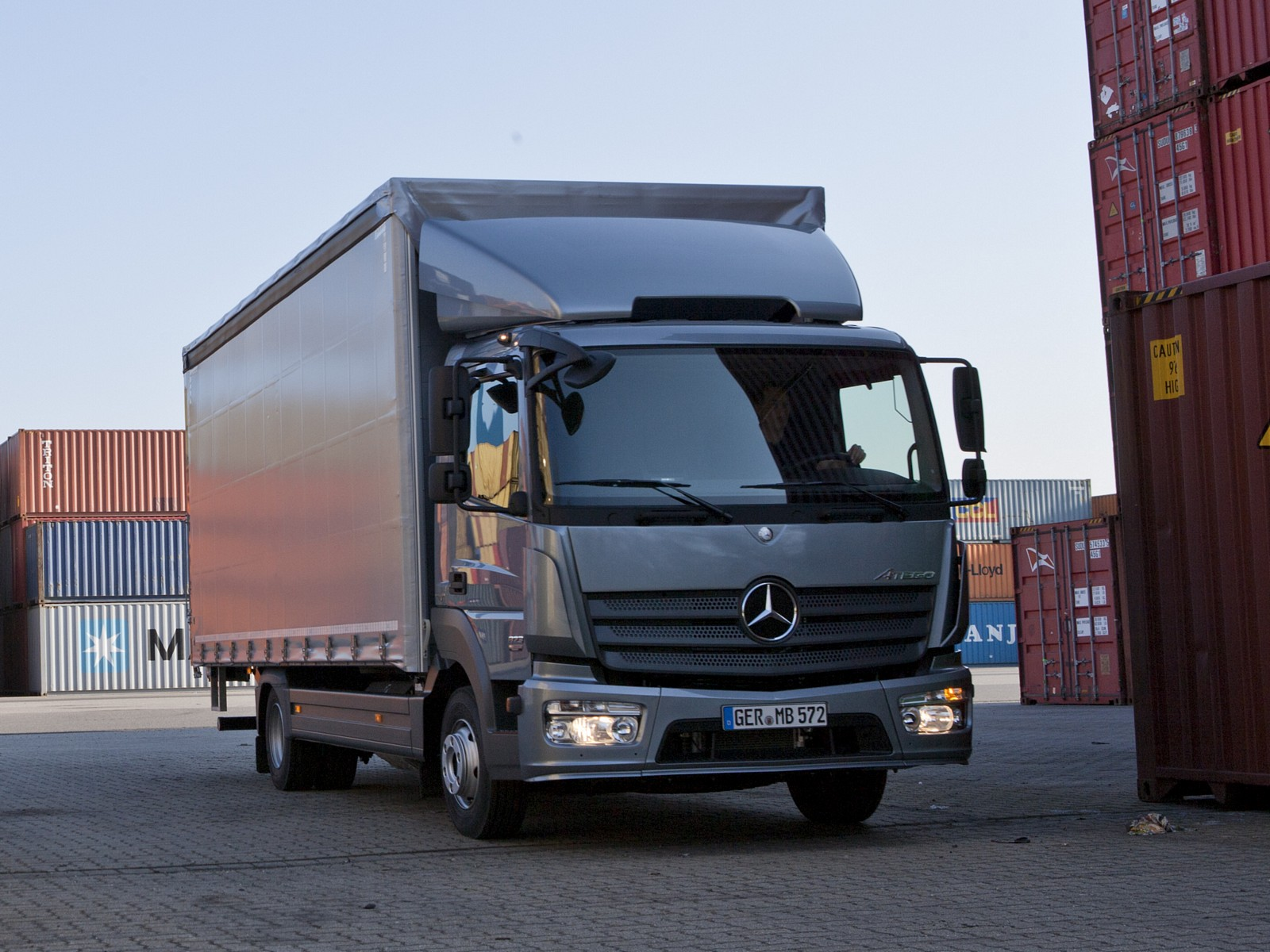 Mercedes-benz atego photo - 8