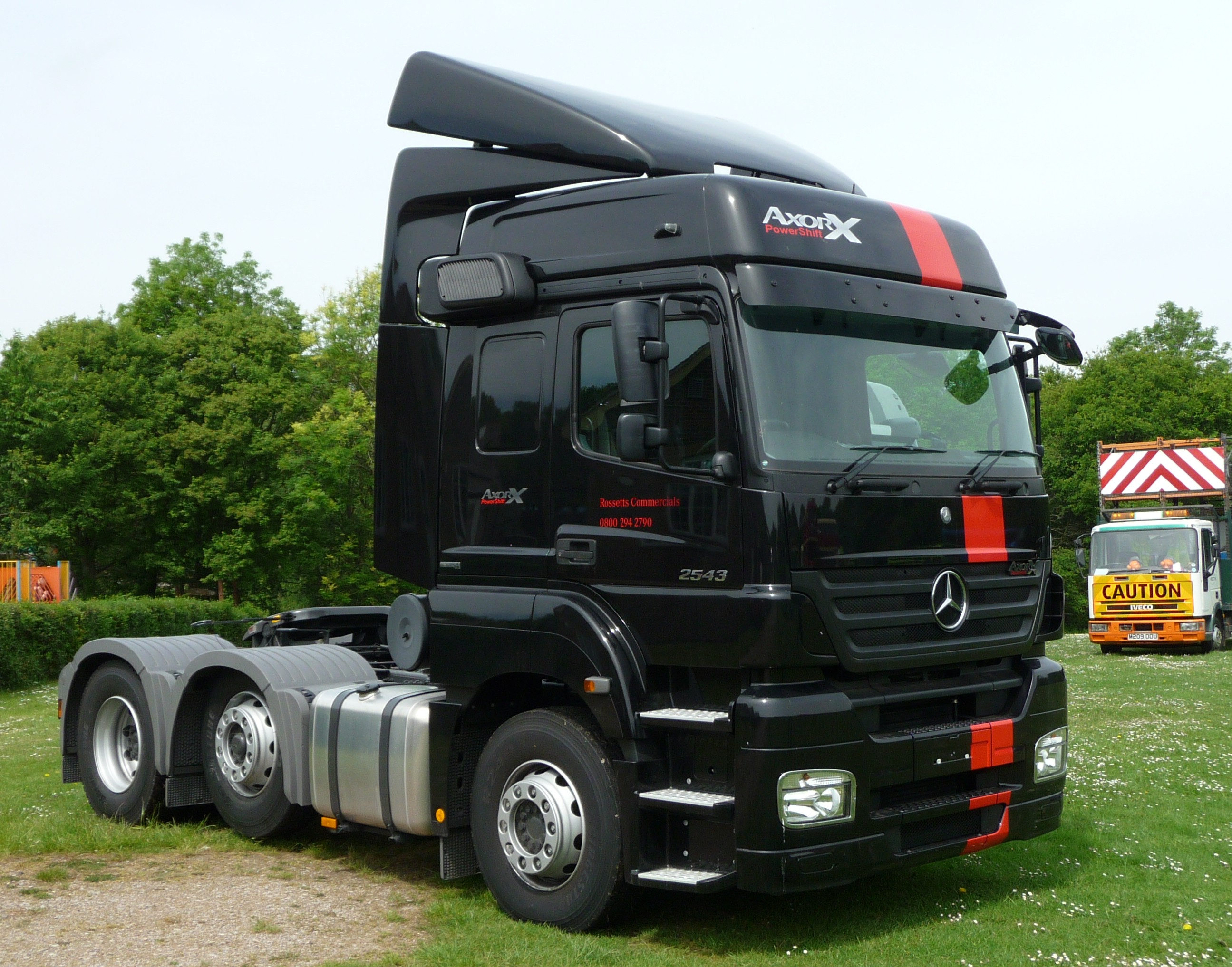 Mercedes-benz axor photo - 1