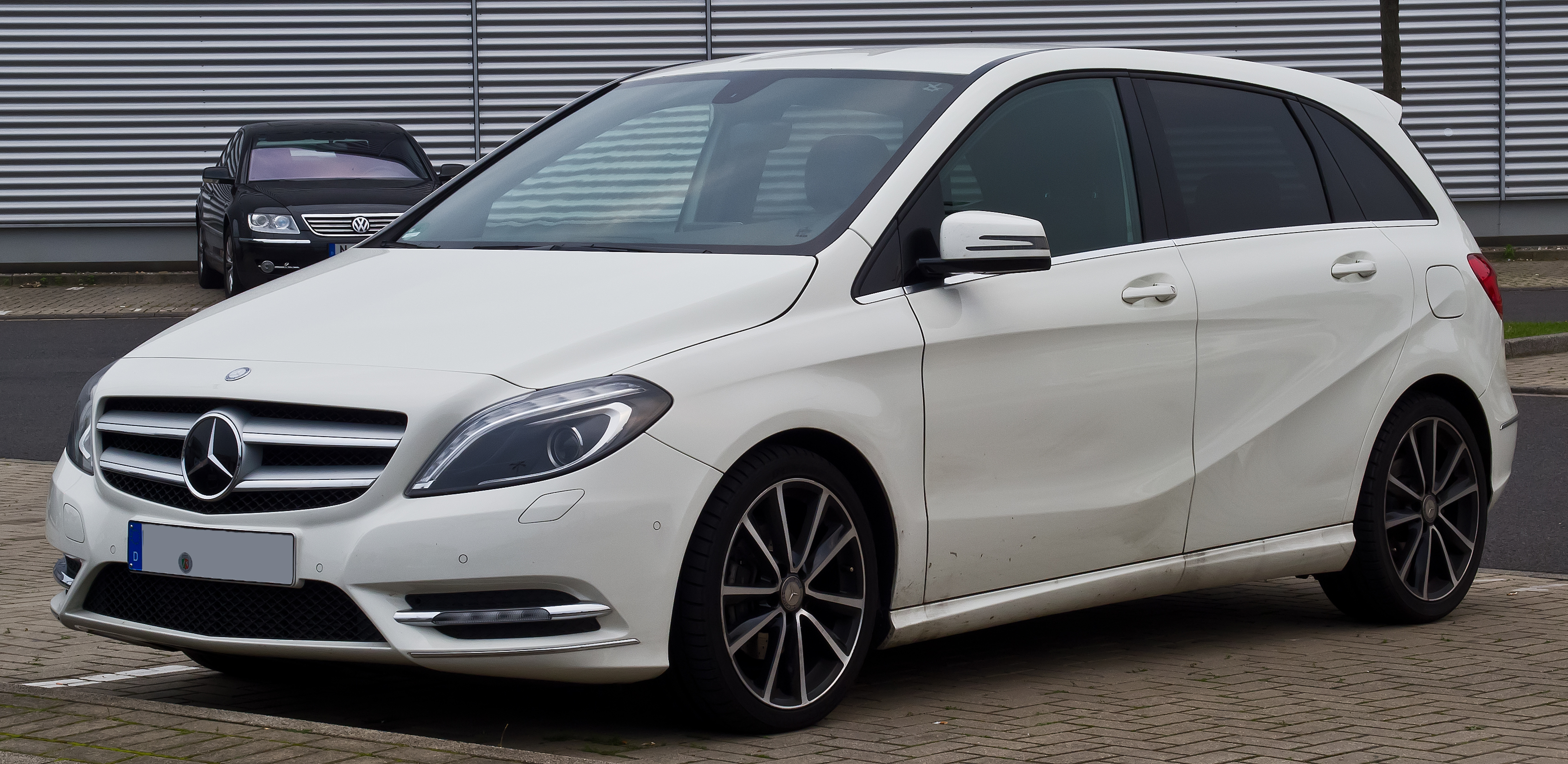 Mercedes-benz b photo - 10