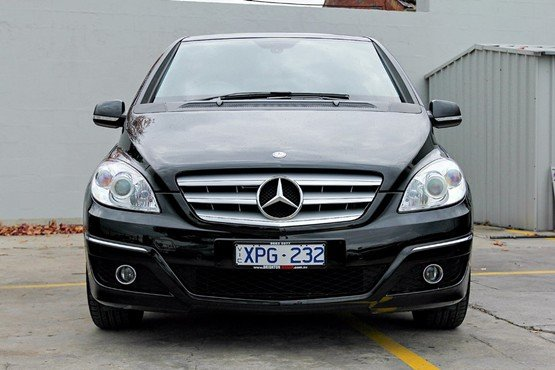 Mercedes-benz b180 photo - 8