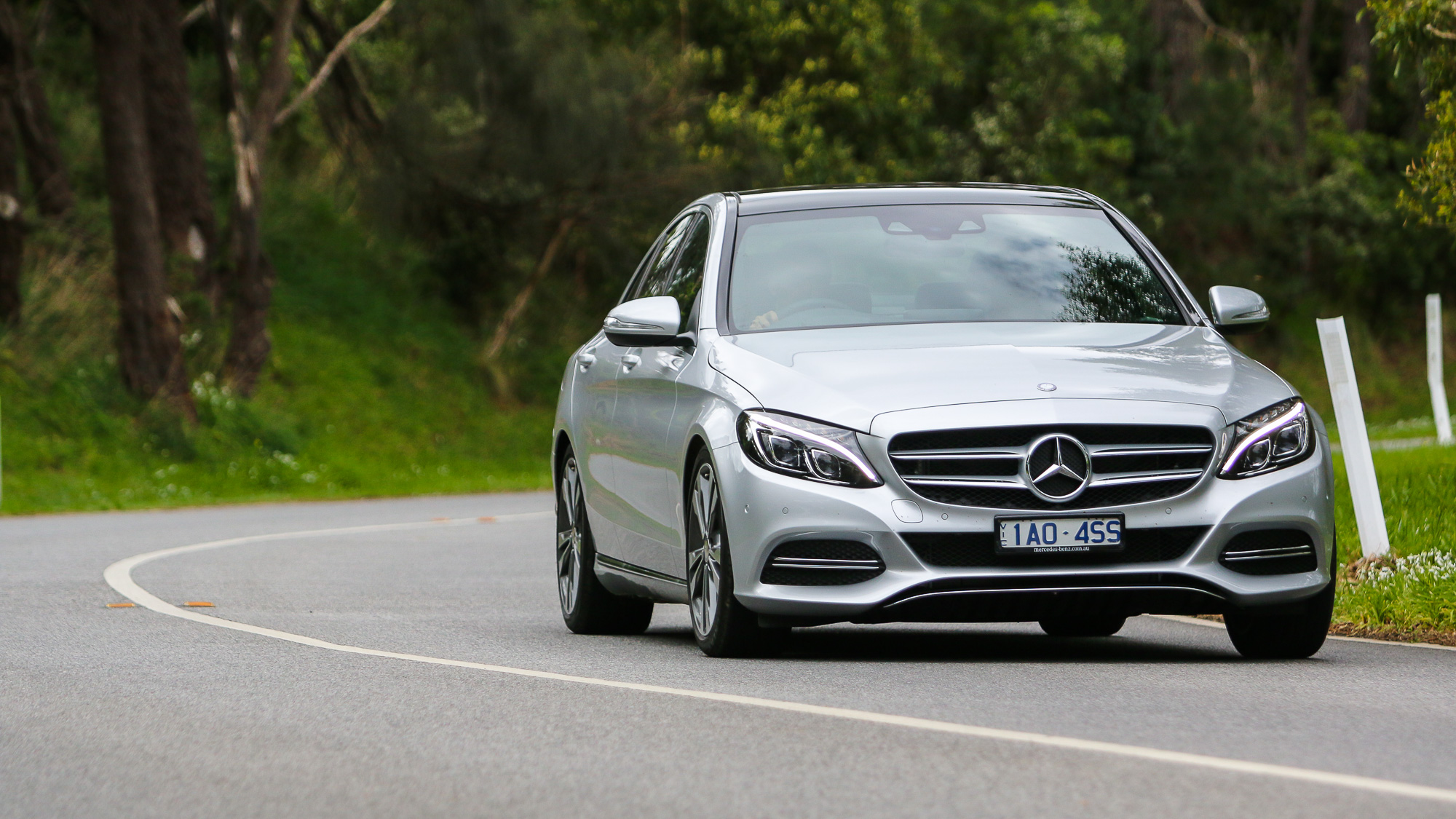 Mercedes-benz c200 photo - 4